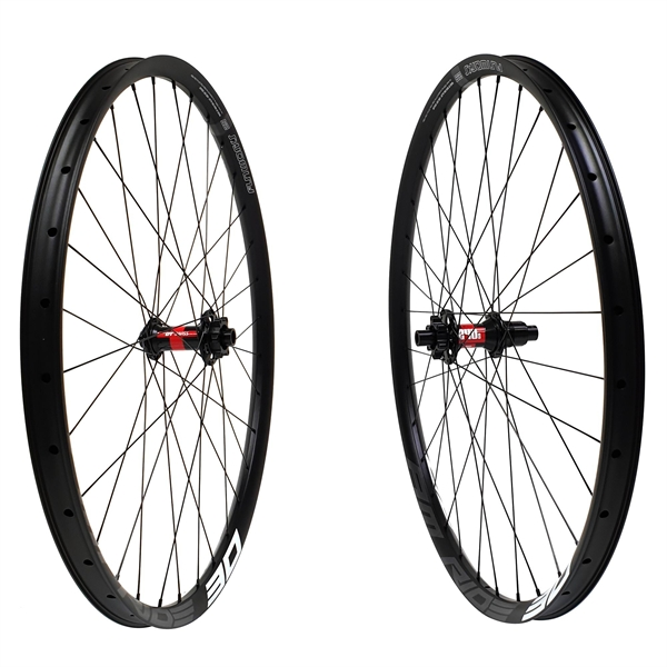 DT Swiss 240s Boost Disc IS Amride 30 Comp Race Wheelset 650b 1670g