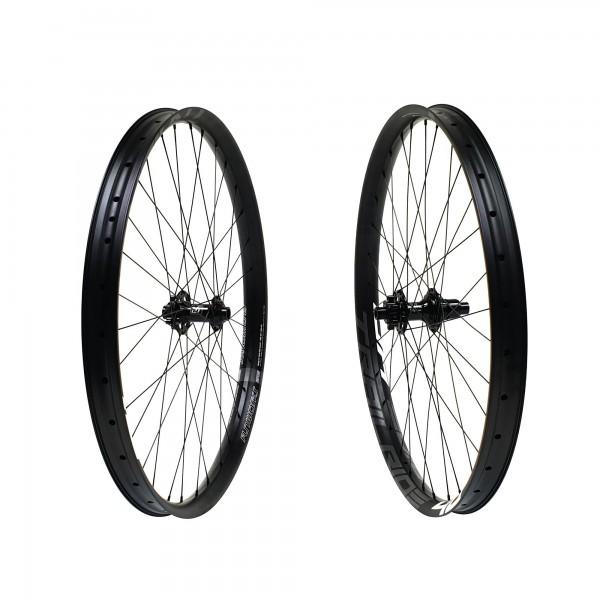 Fun Works N-Light Boost E-Bike Trailride 40 Hybrid E-MTB Wheelset 27,5 650b