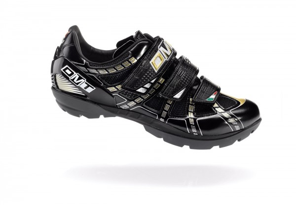 DMT Country Freeride shoe black / gold