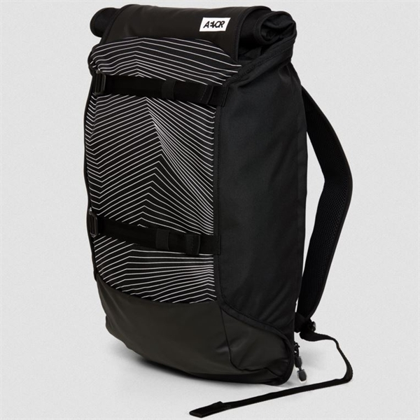 Aevor Trip Pack Essential Fineline Black 26 - 33 Liter