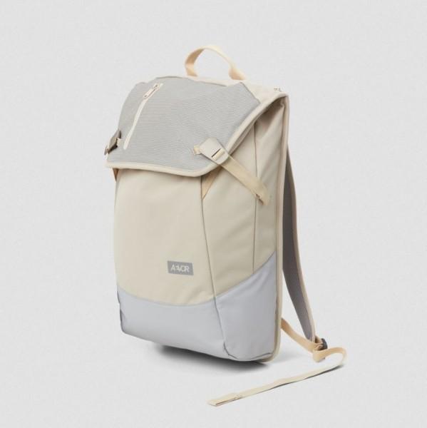 Aevor Daypack Echo Vanilla 18 - 28 Liter