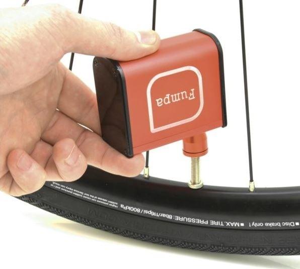 FUMPA MINI Kompressorpumpe / elektrische Luftpumpe für die Trikottasche