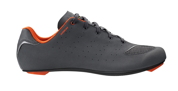 Mavic Aksium III ROAD Schuh asphalt/orangeade/black