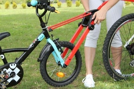 Peruzzo Bicycle Tow-Bar Trail Angel 12'' - 20'' red