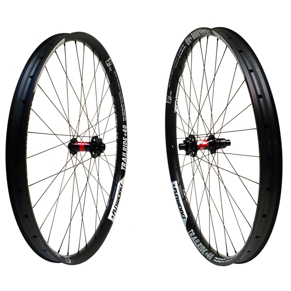 DT Swiss 240s Boost Disc IS Trailride 40 Comp Race Wheelset 29er 1970g