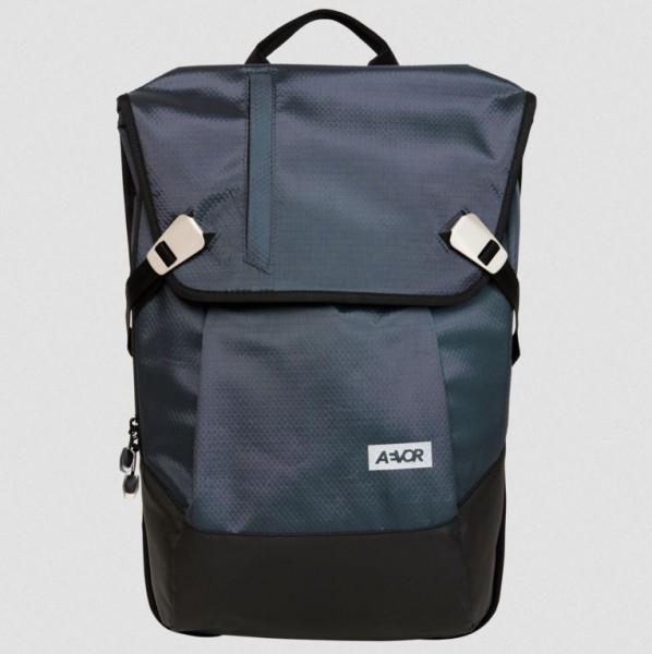 Aevor Daypack Proof Petrol 18 - 28 Liter waterproof